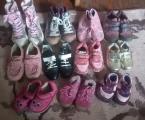 Взуття і одяг дитячий